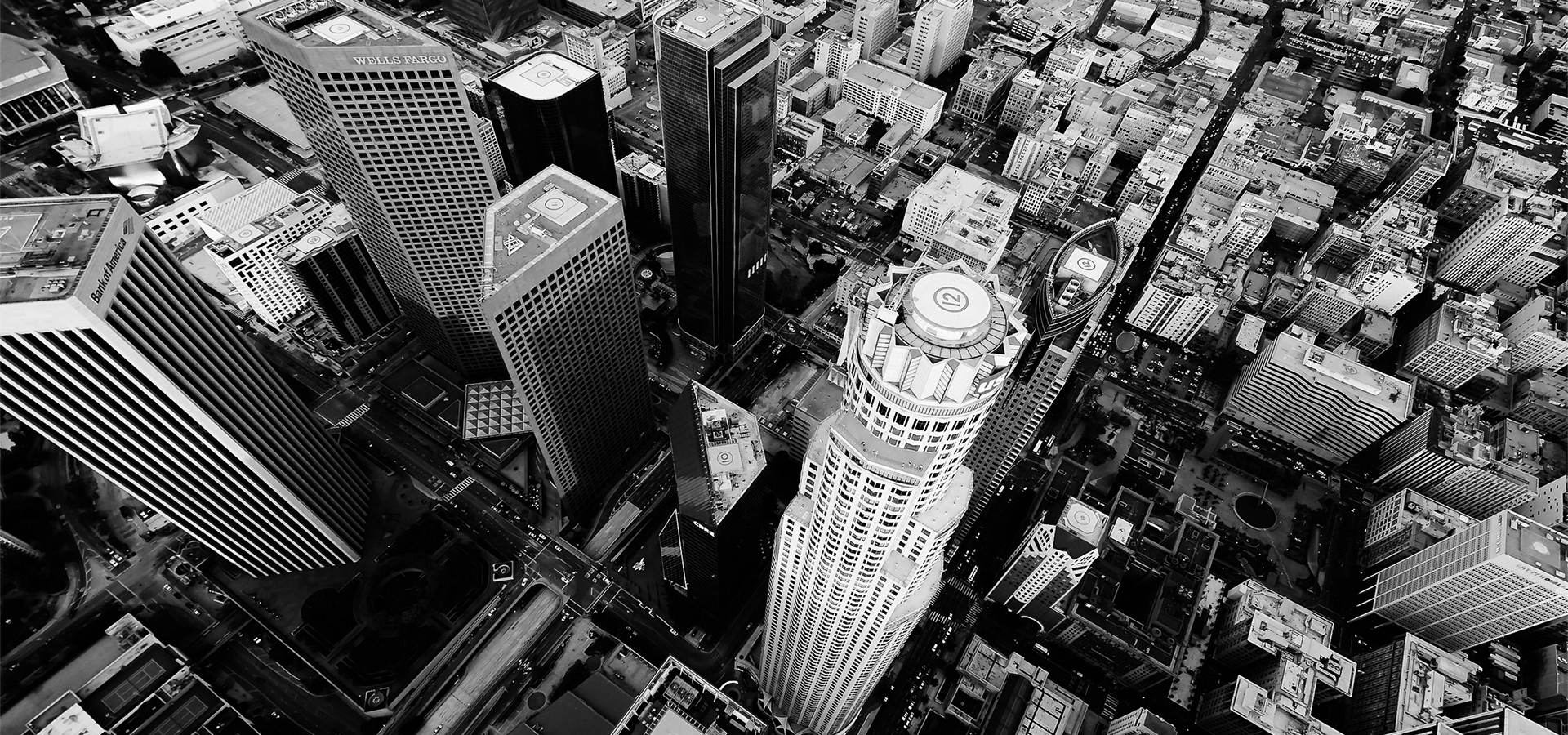 Black and white photo of buildings in the city of Los Angeles
